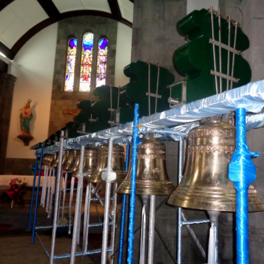 Sinos da Igreja da Nossa Senhora da Alegria Furnas
