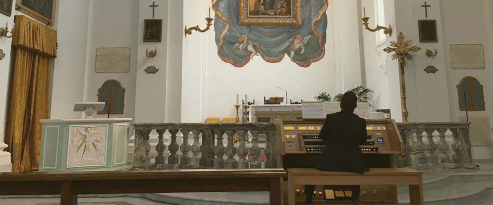 órgãos-para-igrejas